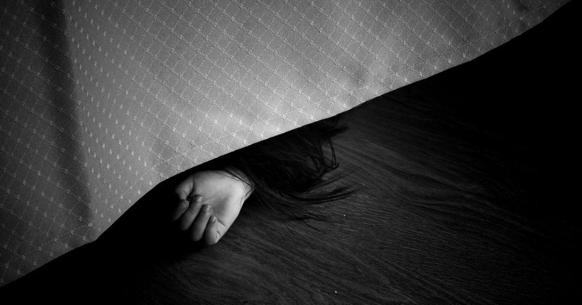 Чувствовался запах газа: в Киевской области в квартире обнаружили тела женщины и маленького ребенка