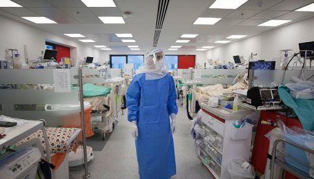 Ученые назвали еще одно опасное последствие коронавируса у взрослых