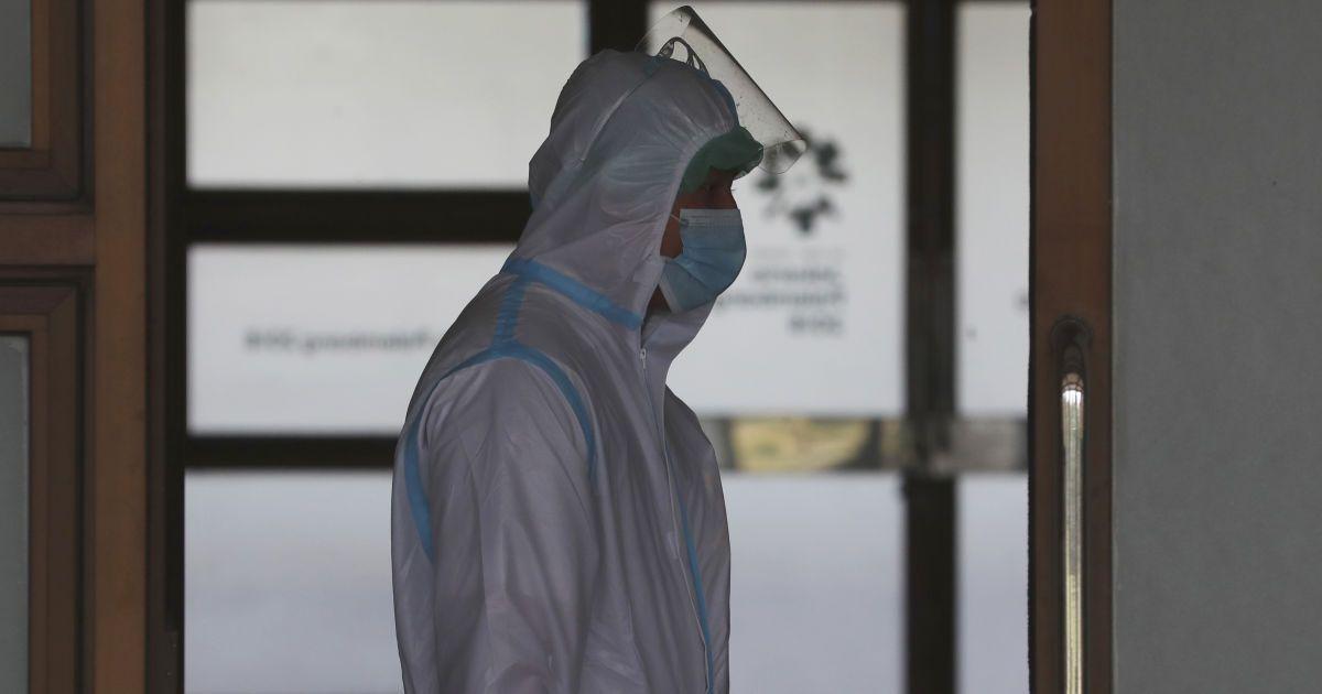 """""""Ситуація щодо коронавірусу котиться в прірву"""": що відбувається в Дніпрі та які прогнози медиків"""