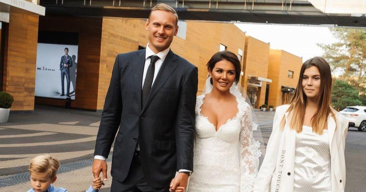 Анна Сєдокова розсекретила причину швидкого одруження з коханим