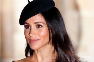 В шляпе и с насыщенным макияжем: герцогиня Сассекская появилась на обложке глянца