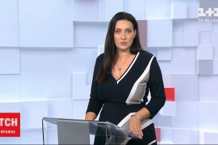"""Терористична атака у Парижі: невідомий з ножем накинувся на людей поблизу офісу """"Шарлі Ебдо"""""""