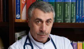 """""""Розмови про небезпеку — маячня"""": Комаровський жорстко пройшовся по противниках вакцини Covishield"""