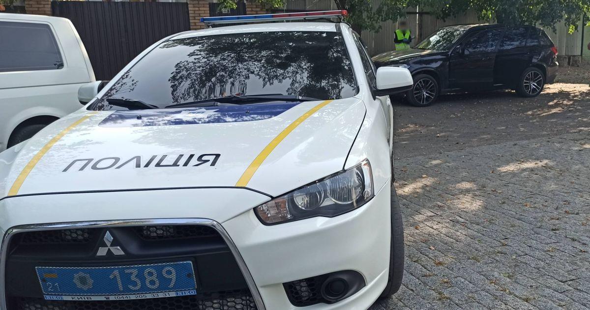 В Запорожье злоумышленник обстрелял авто кандидата в депутаты: что известно