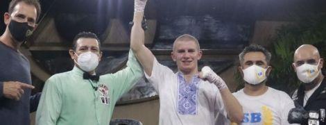 Тотальное уничтожение: непобедимый украинский боксер одержал 18 подряд победу нокаутом (видео)