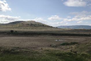 Півострів засихає: у Криму повністю зникла вода в чергових річці та ставку