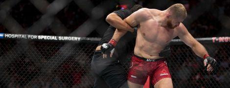 Разбил лицо в кровь: польский боец UFC отправил соперника в жуткий нокаут