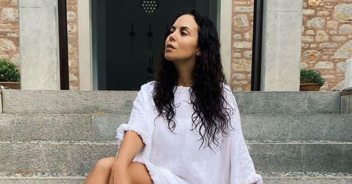 Настя Каменских поделилась новыми фото с отдыха и рассказала о своих пяти правилах питания