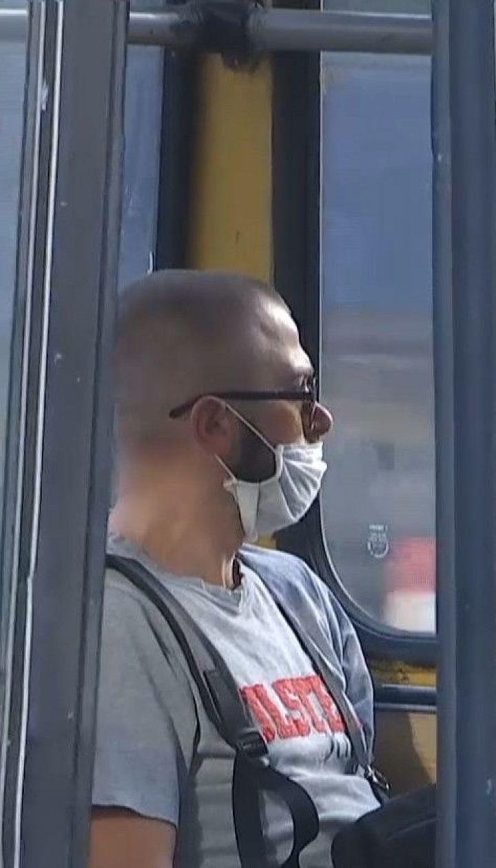 """Тернопіль знову в """"червоній"""" зоні: як у місті зреагували на вимогу посилити карантин"""