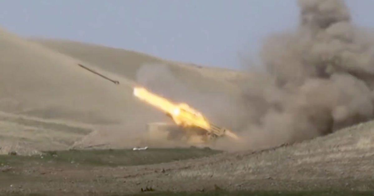 Иран пообещал действовать в случае попадания снарядов из Нагорного Карабаха на территорию страны