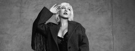 Лакированные ботфорты и сексуальные корсеты: Кристина Агилера снялась в фотосессии для глянца