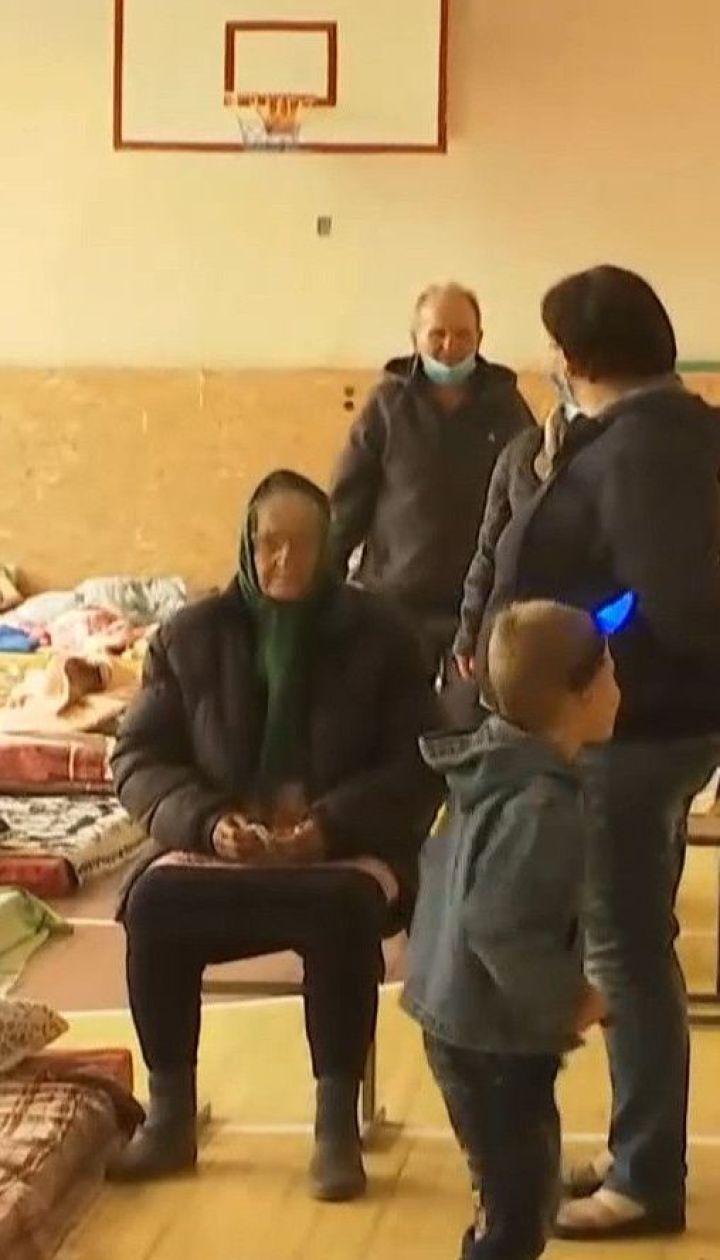 Людей, які втратили своє житло внаслідок пожеж, евакуювали до школи у Сєвєродонецьку