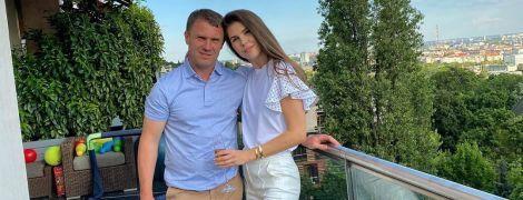 """""""Дівчата, вірте у своїх чоловіків"""": як дружина привітала Реброва з виходом у груповий етап Ліги чемпіонів"""