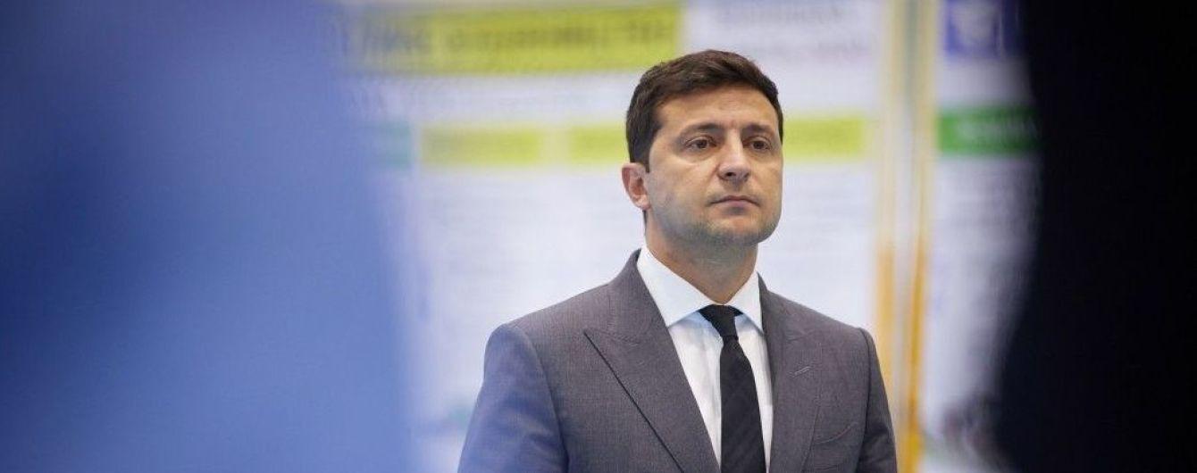 Зеленський назвав перше з п'яти запитань для українців на всенародному опитуванні 25 жовтня