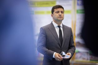 Зеленский призвал Раду как можно скорее рассмотреть законопроекты по выходу из конституционного кризиса