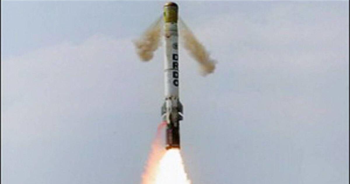 Индия успешно испытала новую сверхзвуковую ракету, способную нести ядерную боеголовку