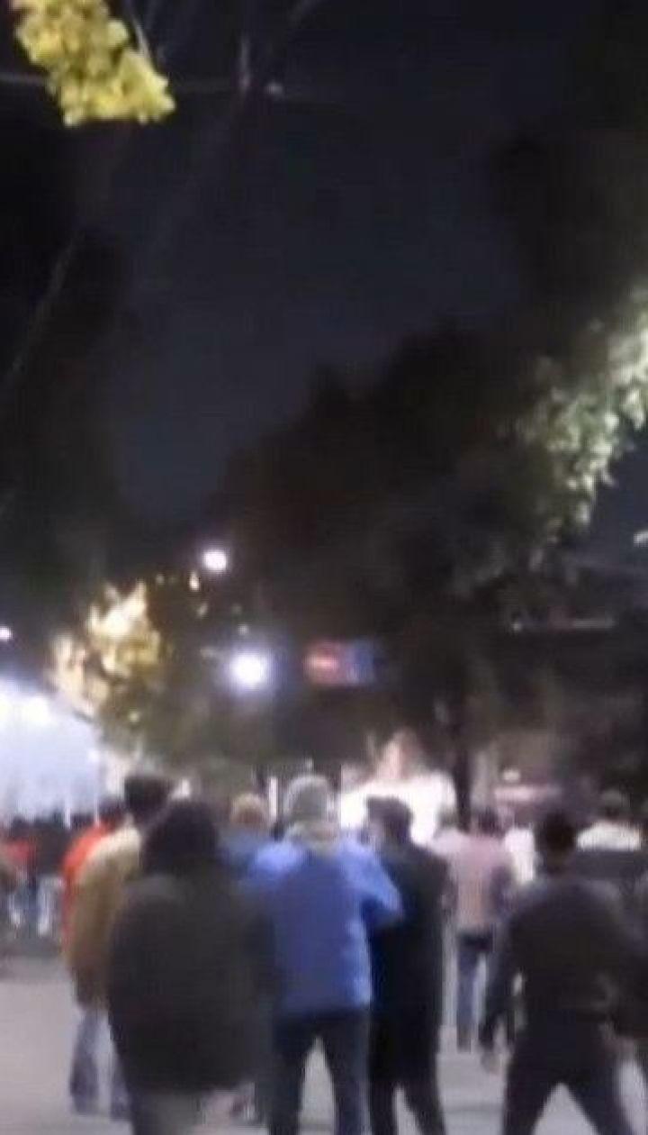 Протесты в Бишкеке: тысячи людей требуют аннулировать результаты парламентских выборов