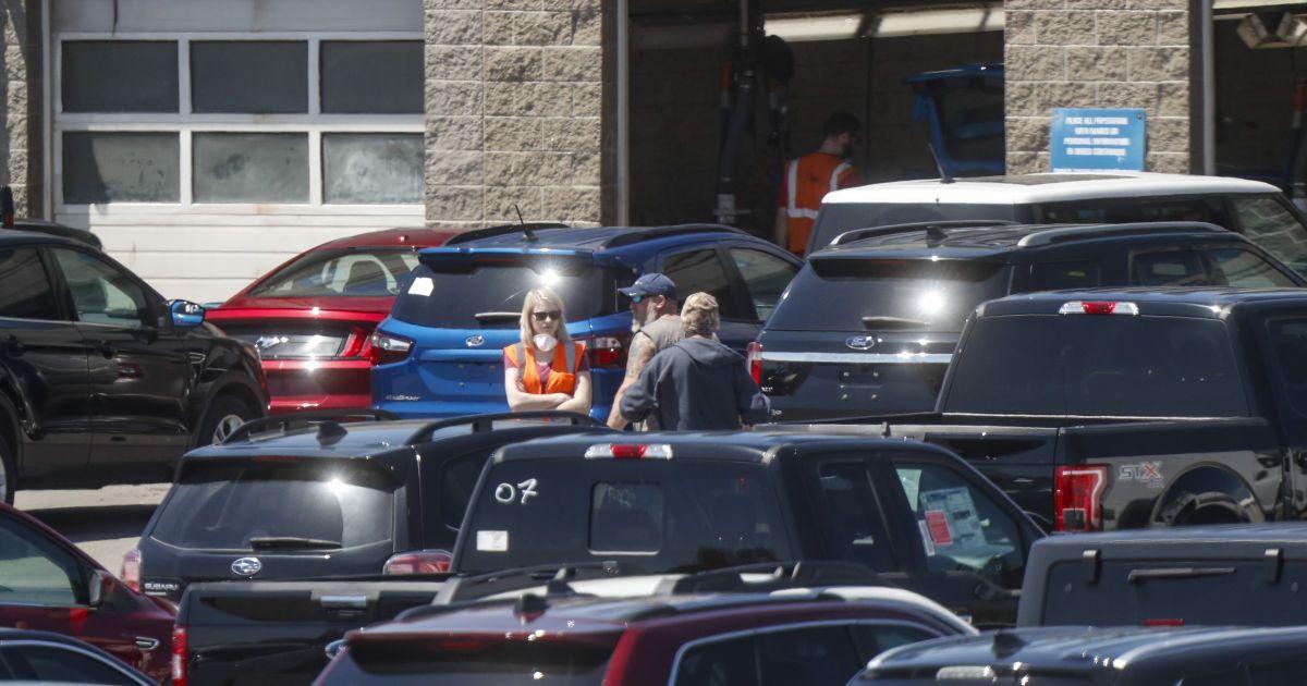 Рынок подержанных автомобилей продолжает расширяться: что покупали украинцы в сентябре