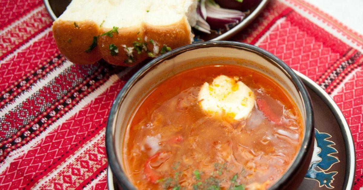 """Больше не """"русский суп"""": борщ официально стал украинским"""