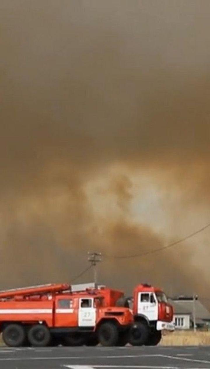 В Рязанской области пытаются обуздать пожар после взрыва на складах с боеприпасами