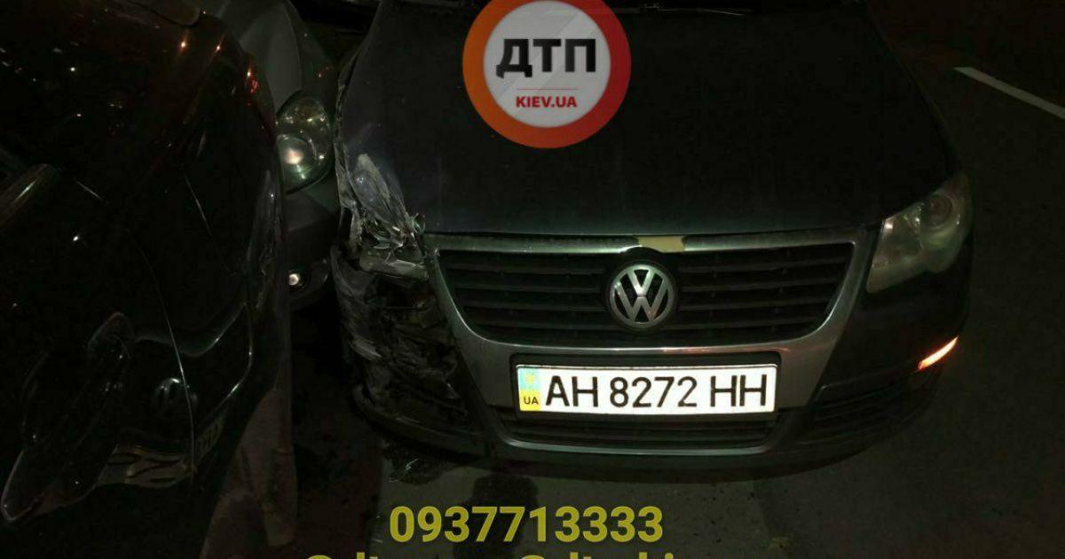 Потрійна п'яна ДТП в Києві: чоловік намагався видати дружину за водія