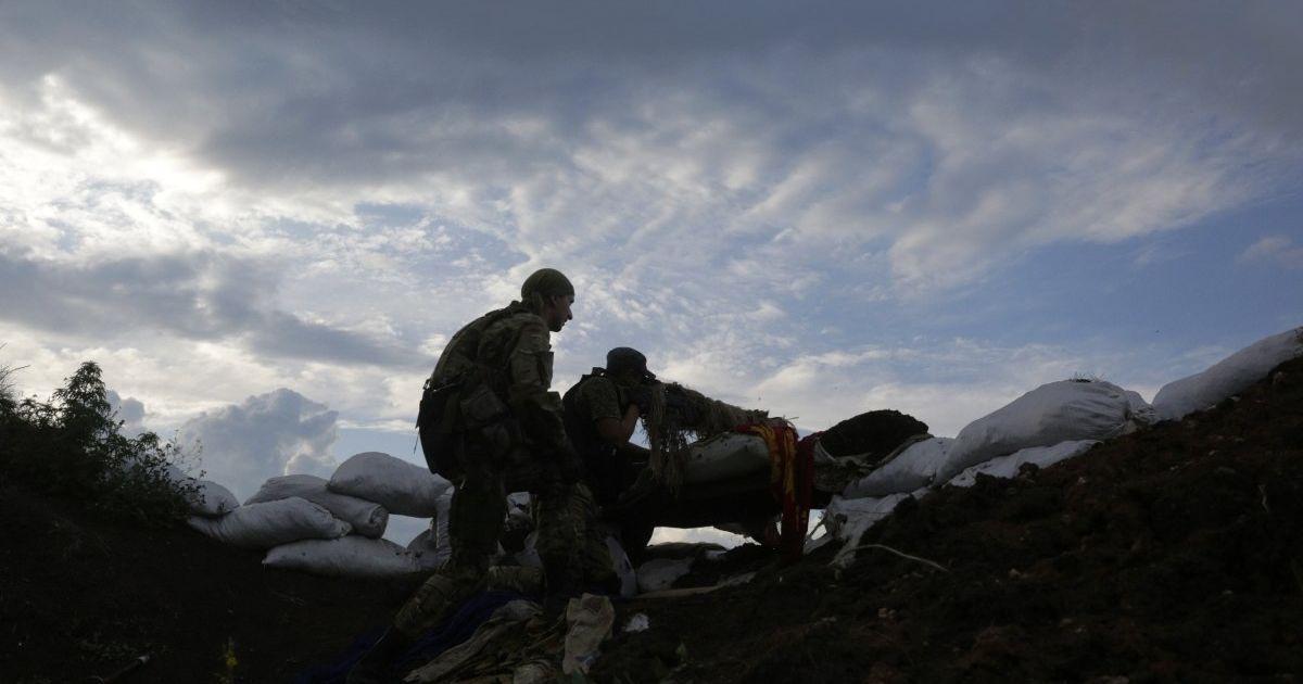 В первый день нового года оккупанты на Донбассе семь раз нарушили перемирие