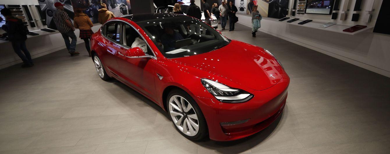 У Китаї встановлено рекорд із продажу електрокарів Tesla за один день