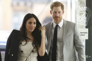 Вызвала на ковер: королева Елизавета II ждет принца Гарри на встречу без Меган