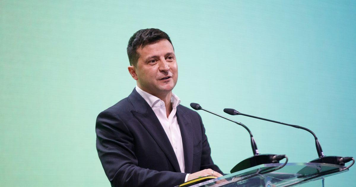 Зеленский пообещал компенсации пострадавшим от карантина ФЛП и уволенным работникам
