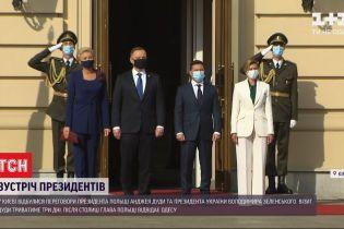 Президенти України і Польщі підписали спільну політичну заяву і вирушають до Одеси