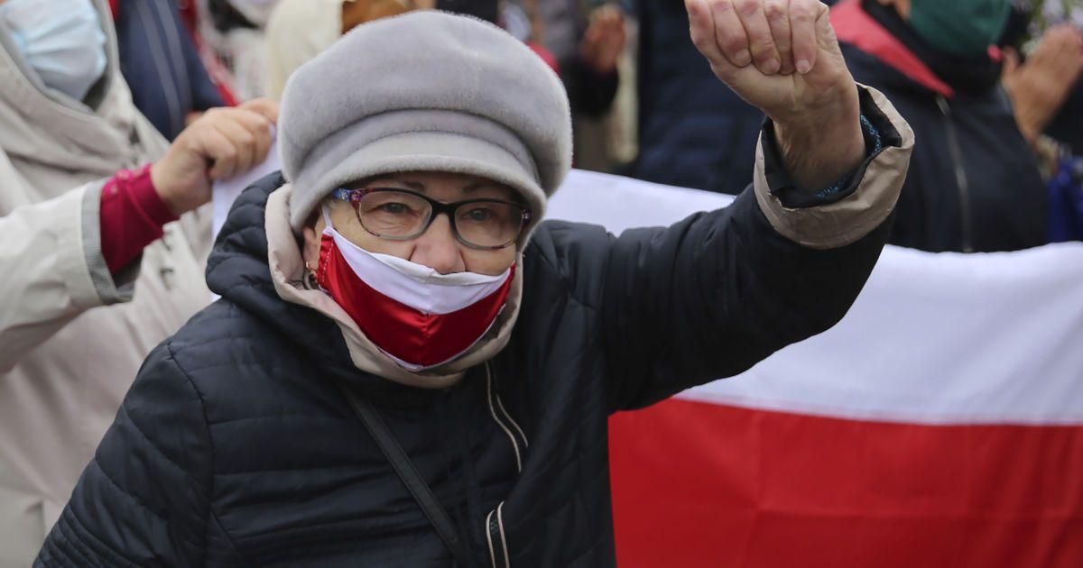 Протесты в Беларуси: силовики задержали полторы сотни участников акций