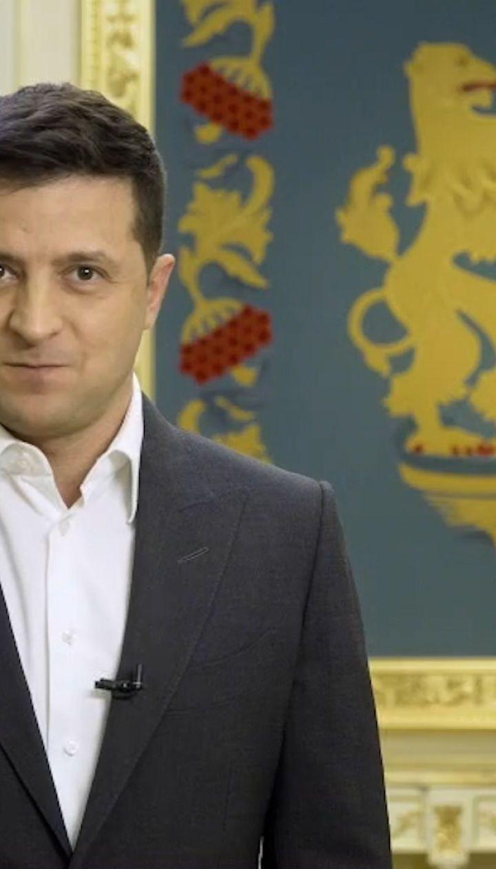 Зеленский призвал украинцев во время голосования на выборах ответить на 5 вопросов лично от него