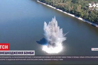 У Польщі військові сапери та водолази нейтралізують бомбу часів Другої світової
