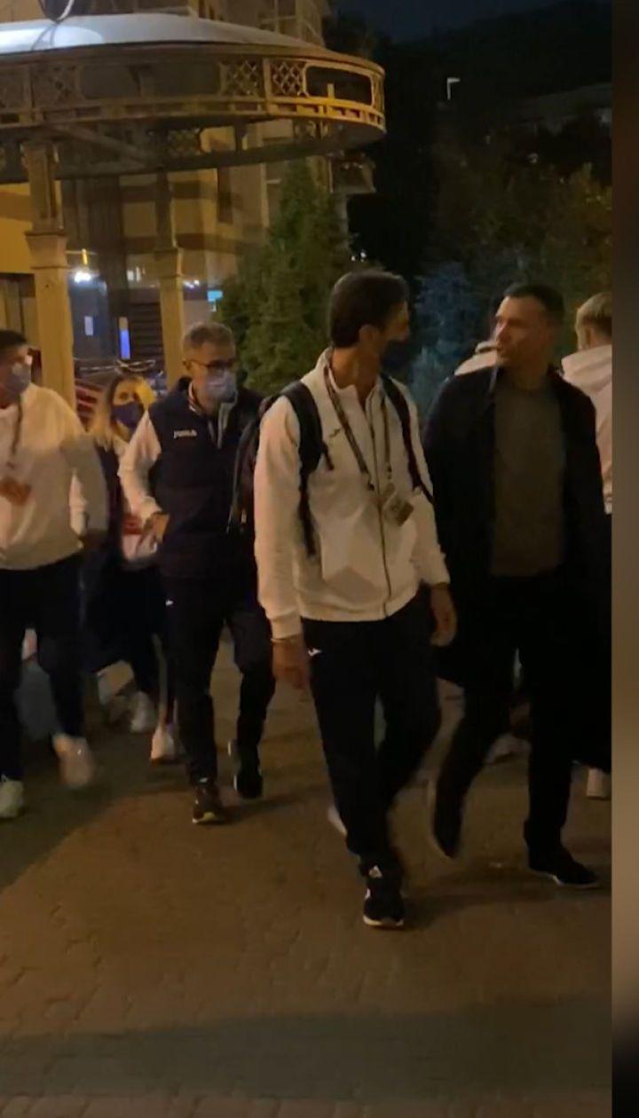 Сборная Украины отправилась из отеля на матч со сборной Испании с соблюдением карантинных требований