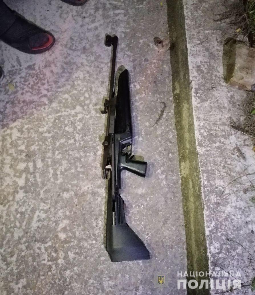 У Запоріжжі стріляли в авто кандидата в депутати