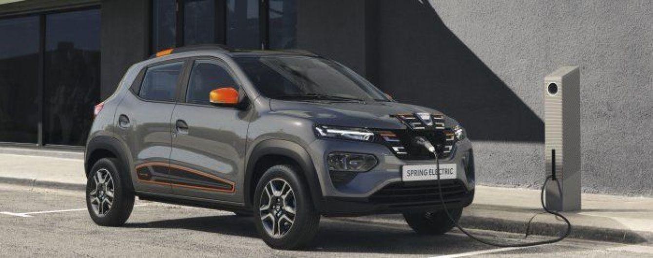 Найдешевший електричний кросовер Dacia Spring презентований офіційно