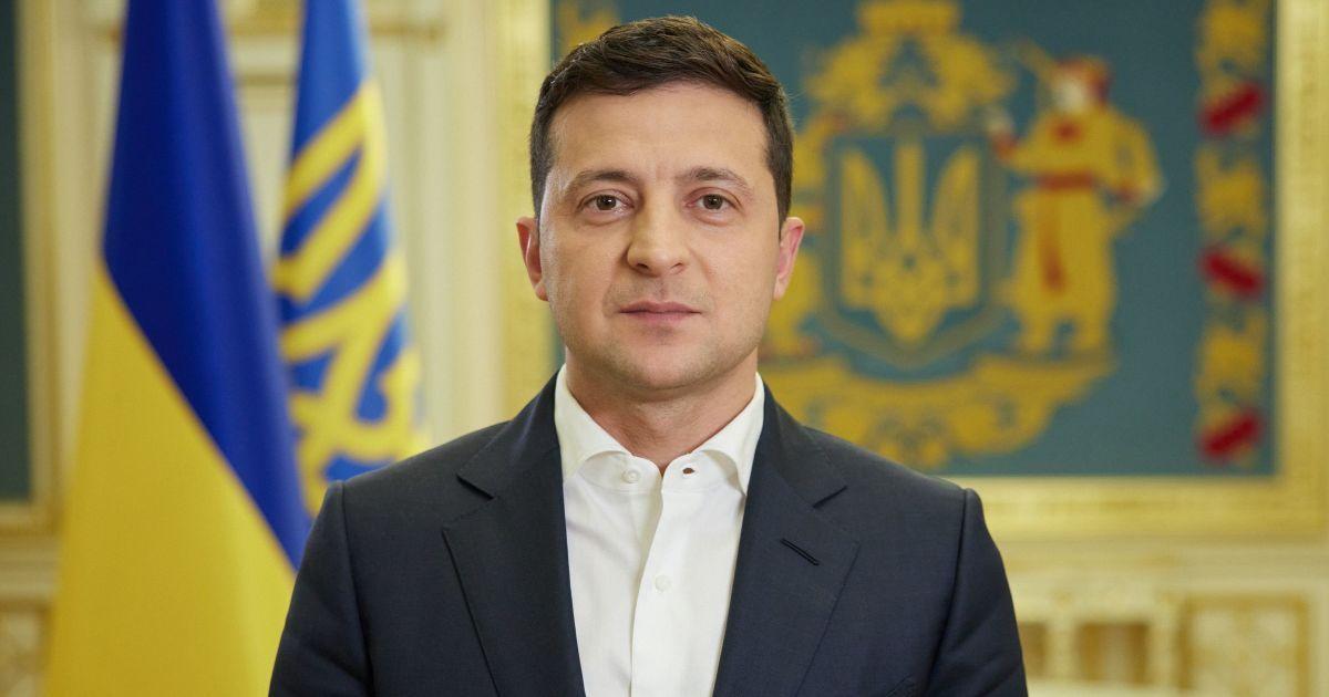 Суворого карантину в Україні запроваджувати не планують – Зеленський