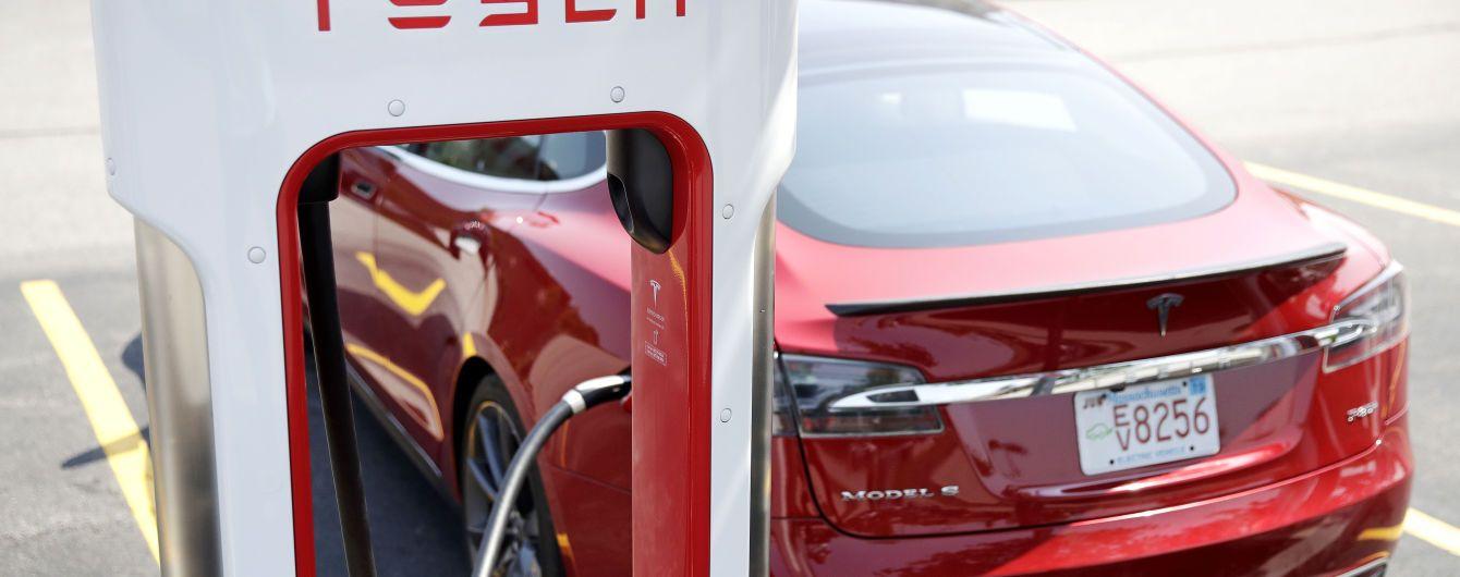 Власник Tesla Model S встановив рекорд із пробігу серед електрокарів