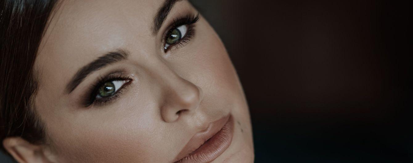 Ани Лорак воспела историю своей неразделенной любви в новом драматическом сингле