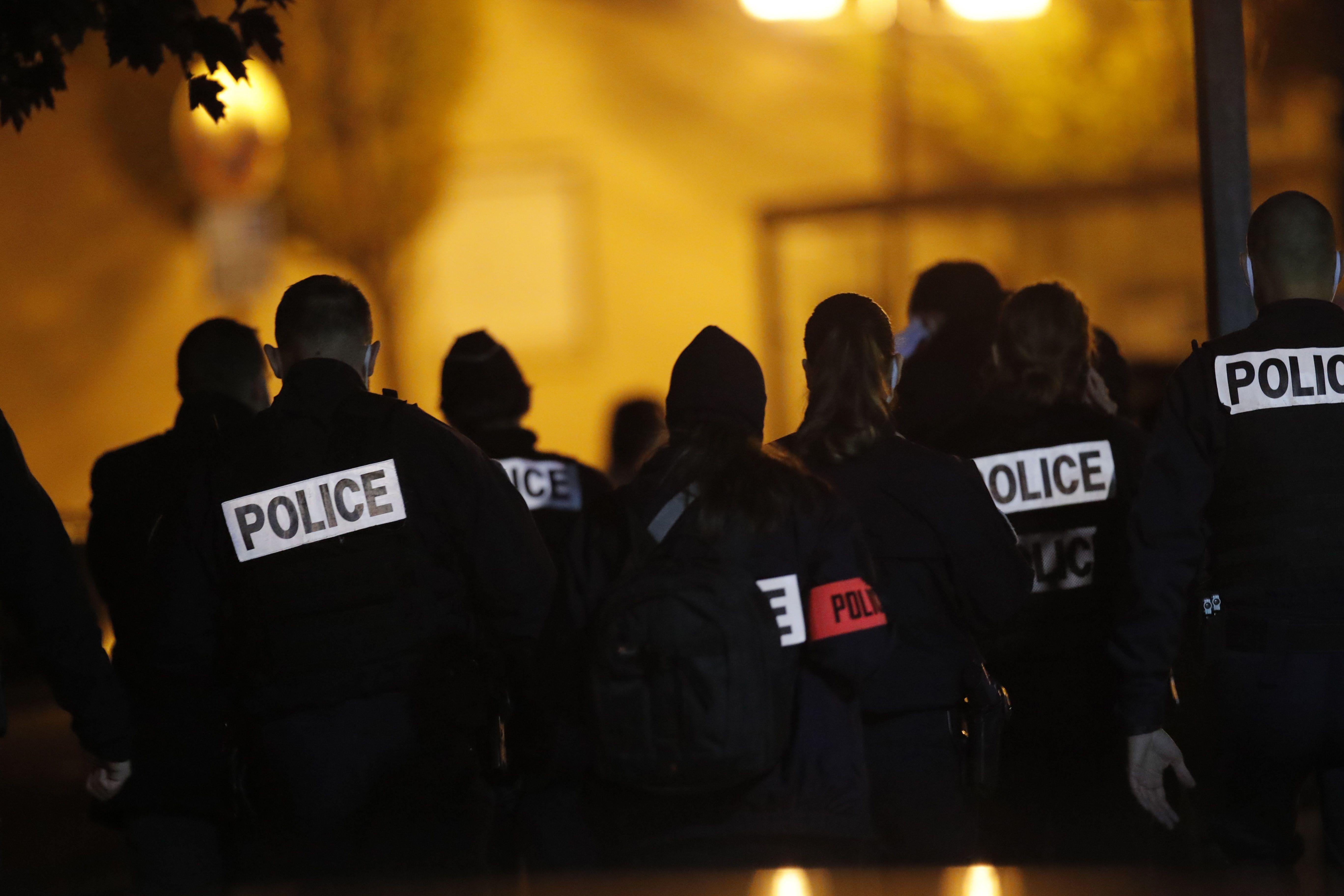 Франція, обезголовлення
