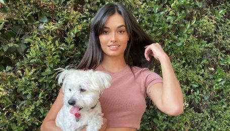 Гламурная красотка: модель Жизель Оливейра показала свой лук для прогулки