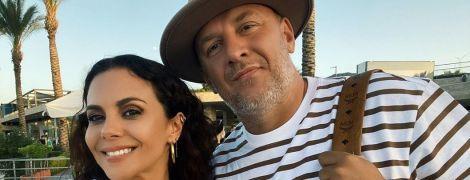 У білому кроптопі і з чоловіком: Настя Каменських поділилася фото з відпустки
