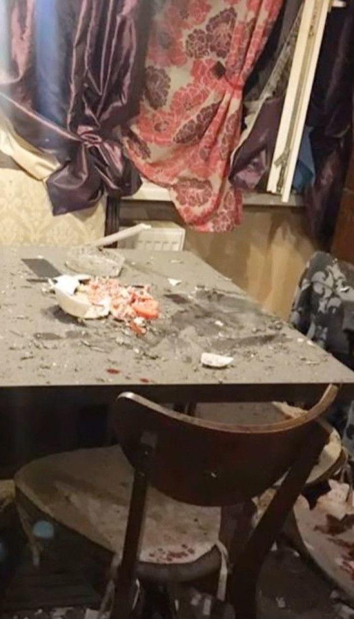 В Луганской области двое мужчин решили разобрать гранату на кухне - в результате произошел взрыв