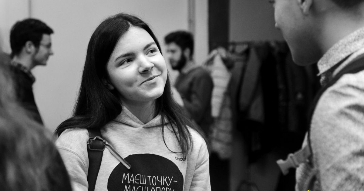 В Киеве от коронавируса умерла 21-летняя волонтер Инна Волкова