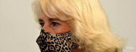 А може, вона давно про нього мріяла: герцогиня Камілла одягла леопардовий принт