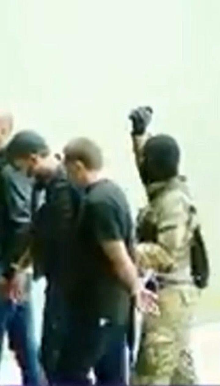 Захват заложников в Грузии: вооруженного мужчину разыскивает полиция