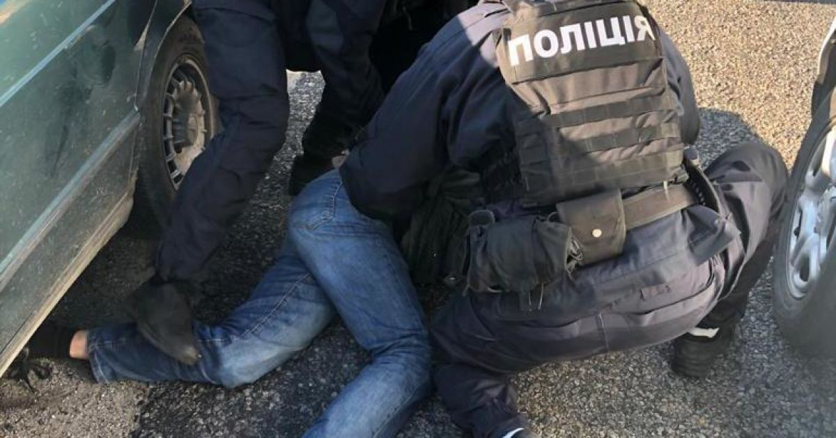 Під Дніпром троє чоловіків забили до смерті місцевого мешканця