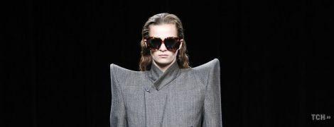 Блейзери і пальта з широкими плечима: тенденції моди сезону осінь-зима 2020-2021