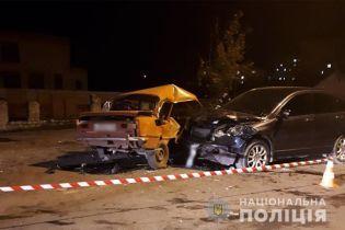 Іномарка влетіла у ВАЗ у Хмельницькій області – загинуло двоє підлітків