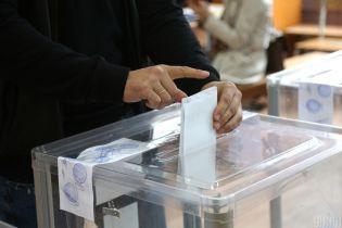 Экзит-пол: кто побеждает на местных выборах в Ужгороде
